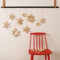 Anleitung Sterne aus Holzkugeln basteln